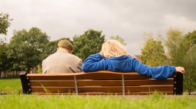 Pogoji za upokojitev in višina pokojnine v letu 2021